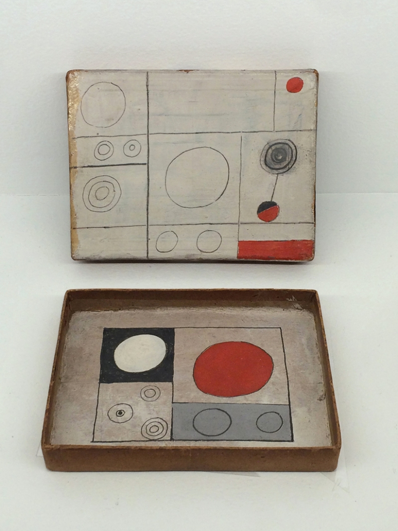 Ben Nicholson 'box' in cabinet curioso